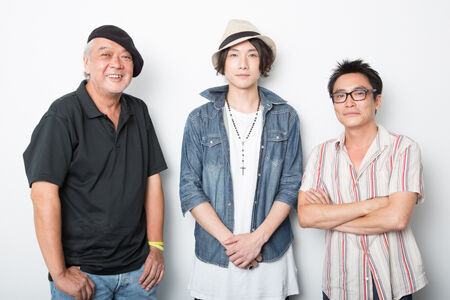 左から、マキノノゾミ、細貝圭、加藤虎ノ介撮影:石阪大輔