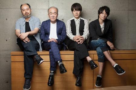 左から、森新太郎、温水洋一、溝端淳平、忍成修吾撮影:本房哲治