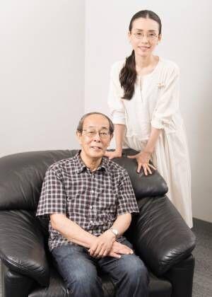 志賀廣太郎、中嶋朋子 撮影:川野結李歌