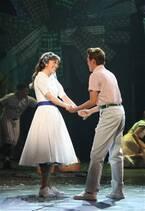 恋とダンスを瑞々しく! 北翔海莉主演『パジャマゲーム』開幕
