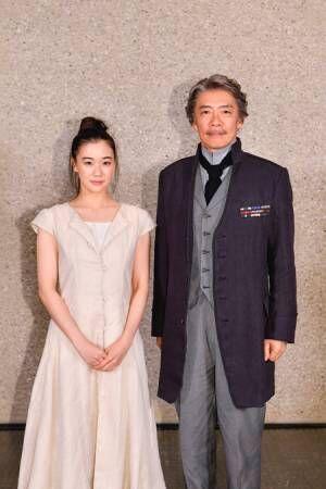 (画像左から)蒼井優、生瀬勝久撮影:阿部章仁