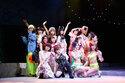 謎の女たちが立ちはだかる?!上野パンダ島ビキニーズ『マイナス2.5』開幕