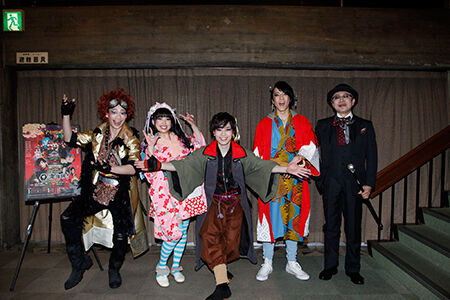 左から、池田純矢、中島早貴、鈴木勝吾、松島庄汰、松尾貴史
