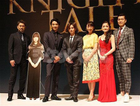 ミュージカル『ナイツ・テイル-騎士物語-』(画像左から)岸祐二、井上芳雄、堂本光一、音月桂、島田歌穂、大澄賢也