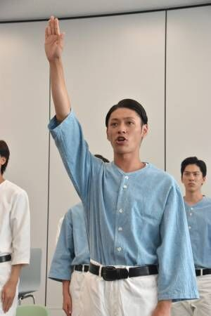 主演の安西慎太郎による選手宣誓