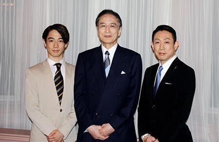 写真中央・片岡仁左衛門、右・片岡孝太郎、左・片岡千之助