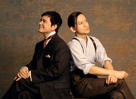 『ピカソとアインシュタイン ~星降る夜の奇跡~』より(画像右から)岡本健一、川平慈英