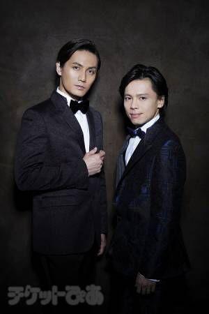 左から 加藤和樹、中川晃教(撮影:源賀津己)