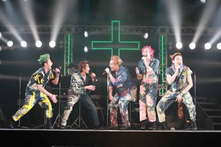 大山真志「帰ってきたぜ!」10周年の『ALTAR BOYZ』上演中!