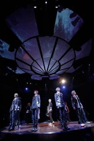 劇場に満天の星空が!「Starry☆Sky on STAGE」開幕