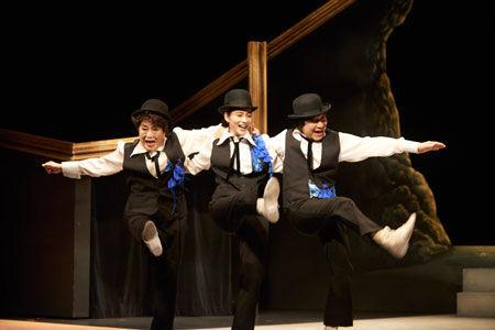 追加公演も決定!渡辺えり、小日向文世、のん出演「私の恋人」公演レポート