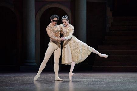 余りにも悲しく美しい恋の悲劇。新国立劇場バレエ団『ロメオとジュリエット』リハーサル