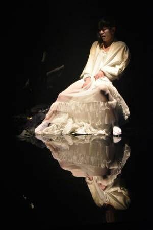 切なくて、愛しい……女と男の愛憎をえぐる、小沢道成ひとり芝居開幕