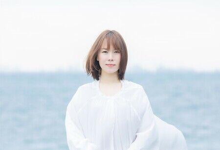 半崎美子、転機を迎えた赤坂BLITZから、上京20年記念配信ライブ開催決定!