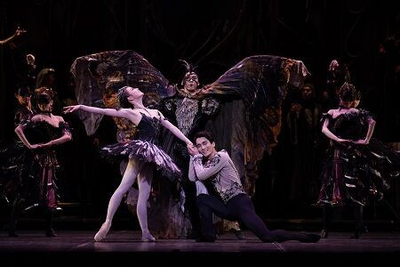 Kバレエ・熊川哲也版『白鳥の湖』が新世代ダンサーの力で新局面へ
