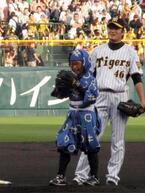 """加藤清史郎が""""忍たま""""姿で甲子園始球式に登場!"""