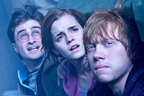 『ハリー・ポッター』のエマ・ワトソン、10年の苦悩を語る動画が公開に