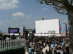 世界最大。沖縄映画祭に巨大移動式スクリーンが登場