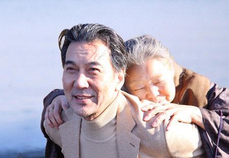 涙する観客が続出。『わが母の記』が映画満足度ランク首位に。