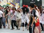 """8月10日""""バイオの日""""、アンデッドの大群が渋谷で新作PR"""