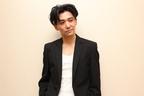 『莫逆家族』の五十嵐けんを演じた村上淳、『ダークナイト』のジョーカーを意識!?