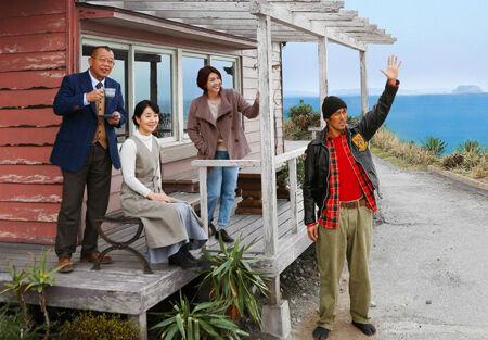吉永小百合『ふしぎな岬の物語』舞台挨拶に登壇!