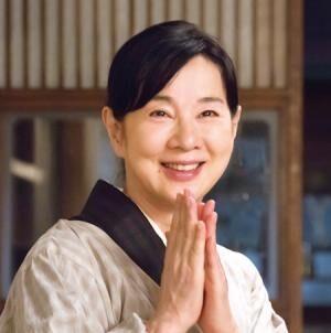 吉永小百合(C)2015「母と暮せば」製作委員会
