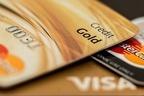 「たくさん持つと危ない」は本当!? クレジットカードを複数持つリスクとは?