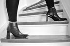タイツは70デニール以上が鉄則! ショートブーツでスレンダー脚を作る方法