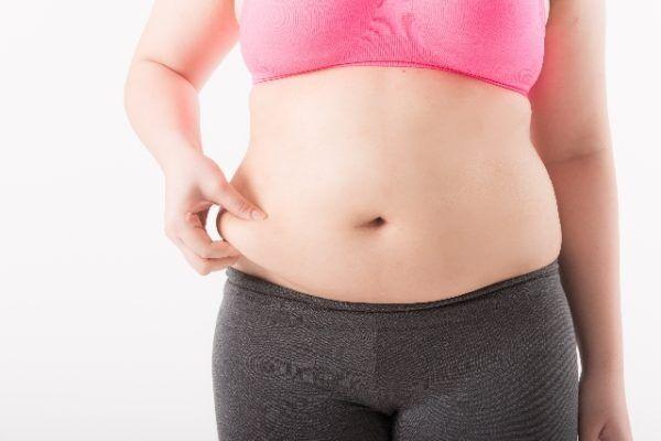 6割の男性がジャッジ!「二重あご」と「二段腹」女性の体型で許せないのはどっち?