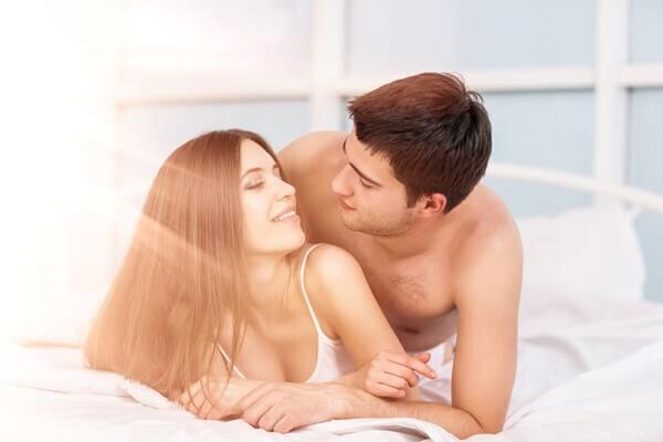 愛がさらに深まる♡男がキュンとする「エッチ中の会話」って?