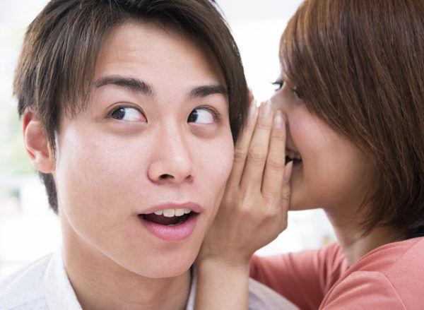 """耳から我慢汁が止まらない…♡彼に""""エロを連想""""させる「ムラムラセリフ」4選"""