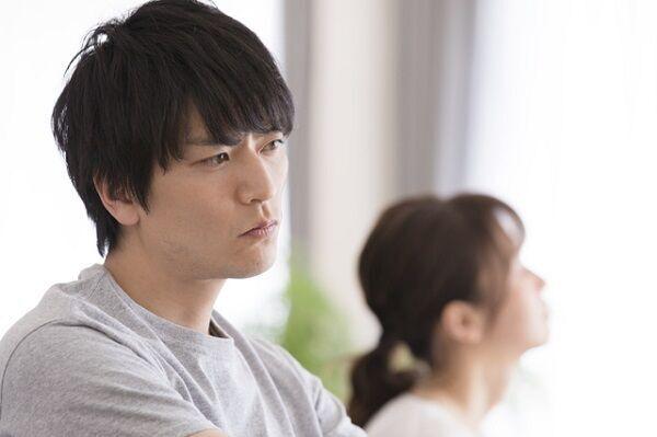 """お前は花沢さんかよ…!男が""""うざい""""と感じる「彼女ヅラ行動」って?"""