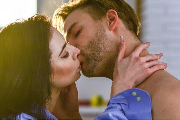 もっとして…♡男を骨抜きにする「色っぽキス」の仕方