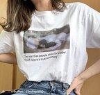 一枚でオシャレに!今シーズン流行ってる「プリントTシャツ」4つ