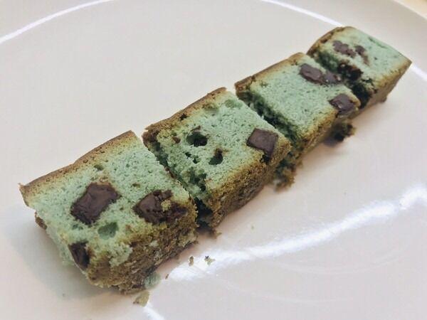 【ファミマスイーツ】チョコミン党が絶賛!「チョコミントスティックケーキ」がクセになる!