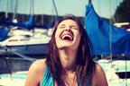 楽しそうに笑うなぁ♡男がキュンとする「笑顔がカワイイ女性」の特徴4つ
