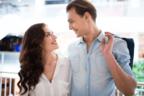 【片想い男性必見!】女性が気になる人にだけする「脈アリサイン」4つ