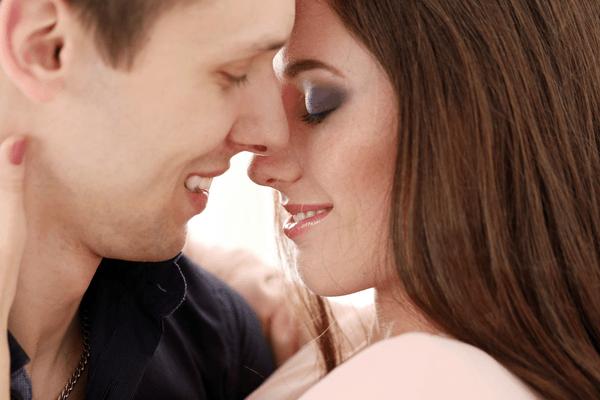 男が言って欲しいと感じている「キスした後の言葉」とは