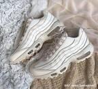 【おしゃれは足元から♡】靴で差をつける秋冬コーデ4つとは?