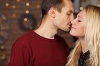 可愛すぎてムリ…♡男が「キスを我慢できなくなる」のはどんな時?