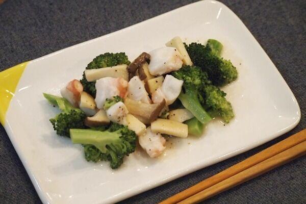 5分で簡単!オシャレ副菜「タコのにんにく炒め」はおつまみにもオススメ♡