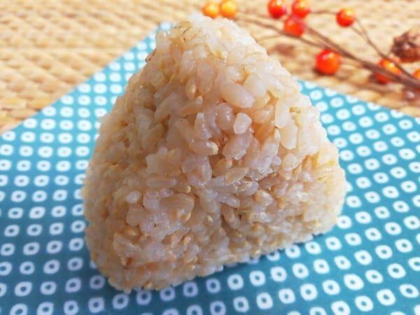 【ファミマ】の「玄米おむすび」ヘルシーで美味とか最高♡