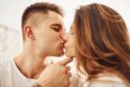 何度でも何度でも♡男性が気持ちよくなる「相性の良いキス」って?
