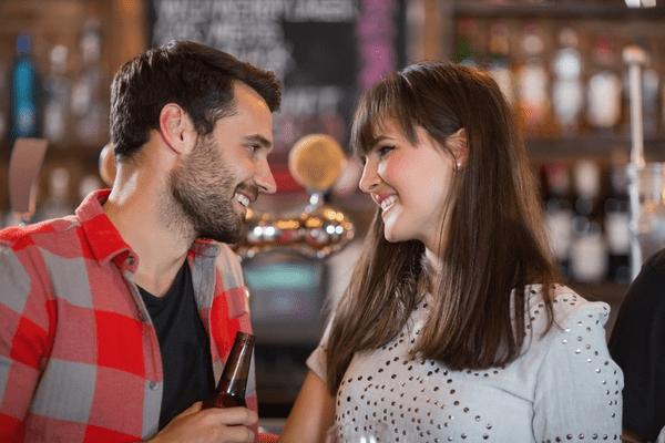 一緒に居て楽しい♡男女ともに好かれる「愛され女子」の特徴4つ