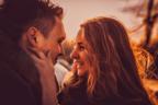 目瞑ってくれる…?男性がふと「キスしたくなってしまう瞬間」4選