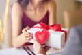 【バレンタイン特集】本命男子にあげたい「プレゼント」4つ
