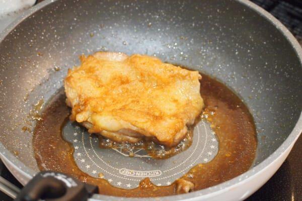 【簡単お肉レシピ】ご飯との相性バッチリ!「照り焼きチキン」の作り方