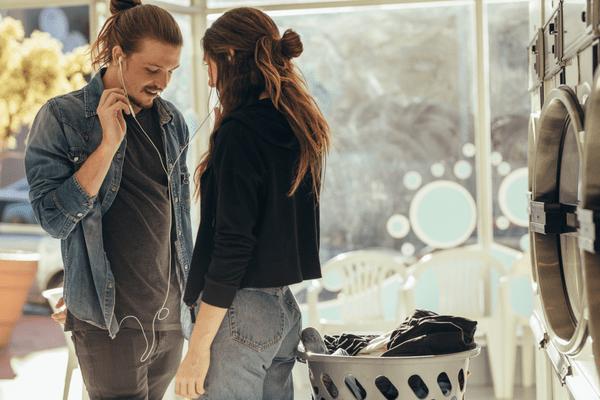 【男性心理】男性が好きな女性にとる態度4選