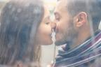 夢に出てきたよ♡彼を「可愛くキスに誘う」方法4つ
